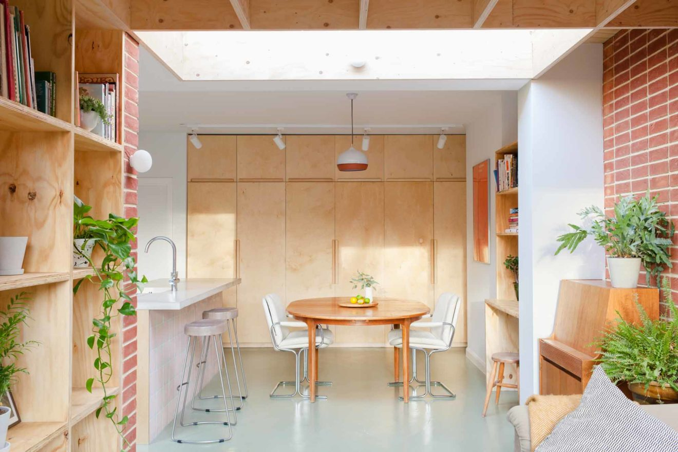 Nimtim-Architects-Modern-House-Extension-Aucoot-Design-Directory