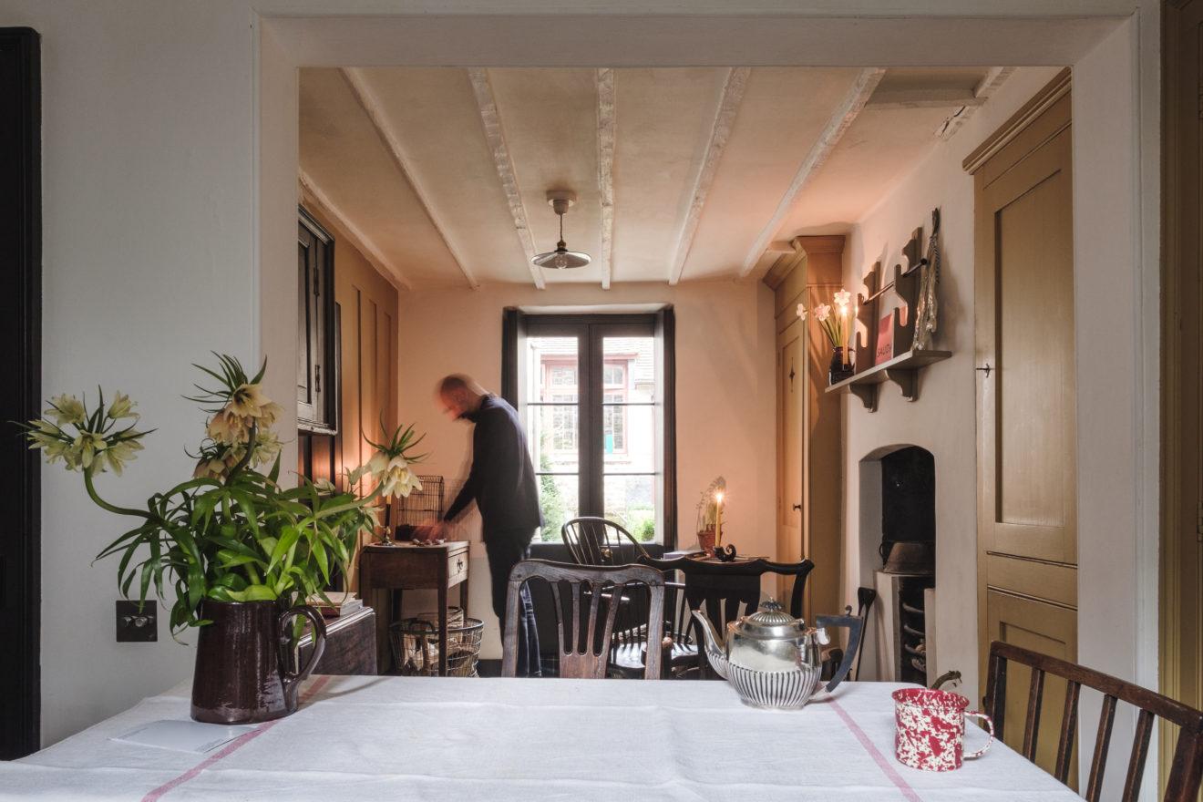Pedro da Costa Felgueiras - Georgian House Renovation - Varden Street - Aucoot - Kitchen with fireplace