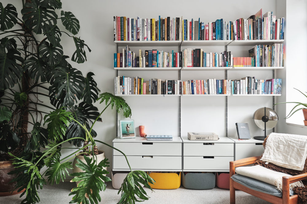Aucoot-Chance-Street-and-Redchurch-Street-vPPR-Architects-Vitsoe-shelving